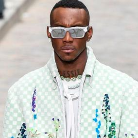 Dior, Vuitton, Hermès & Co: l'estate dell'uomo libero e consapevole
