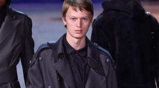 Uomo, impermeabili e trench: come abbinare quelli da indossare ora
