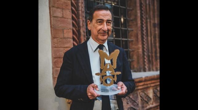 """Giuseppe Sala premiato come """"Matto dell'anno 2019"""" da Fondazione Lighea"""