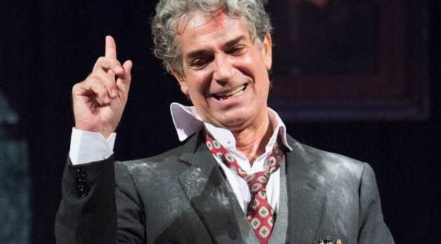"""""""Il berretto a sonagli"""" con Gianfranco Jannuzzo, guarda alcune scene dello spettacolo"""