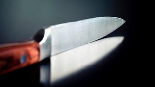 Teramo, donna uccisa in casa a coltellate