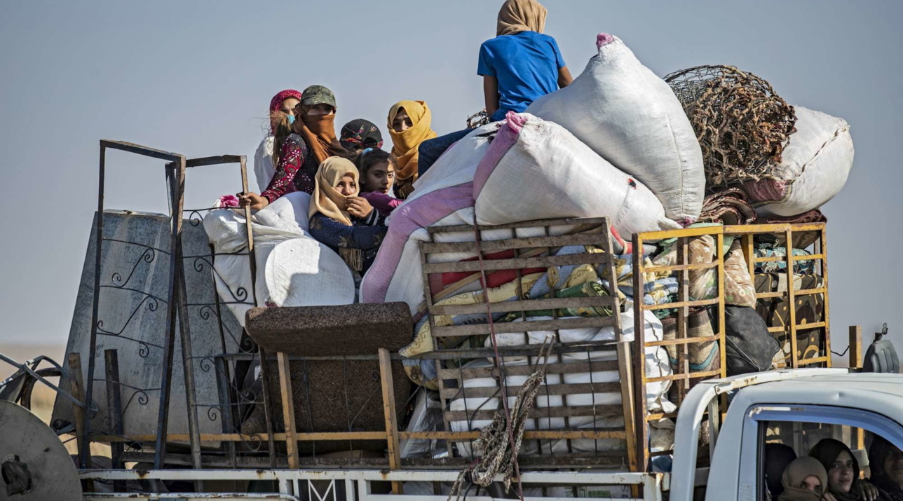 Attaccoturco in Siria, civili in fuga