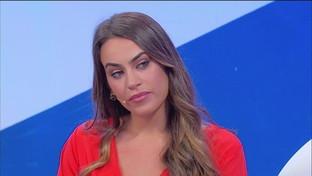"""""""Uomini e donne"""", Veronica si dichiara ad Alessandro ma lui non si fida"""