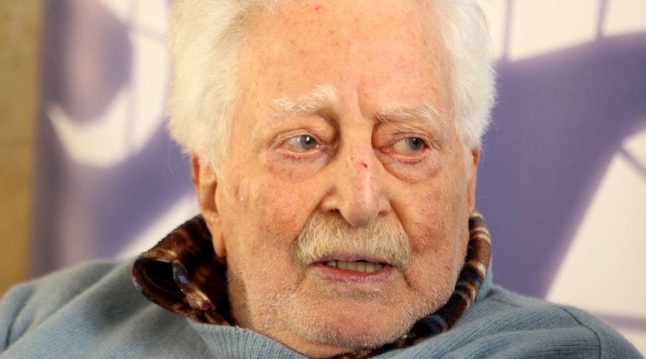 Addio all'attore Carlo Croccolo, aveva 92 anni