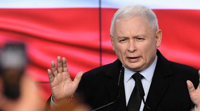 Elezioni Polonia, il partito di destra di Kaczynski vince con la maggioranza assoluta
