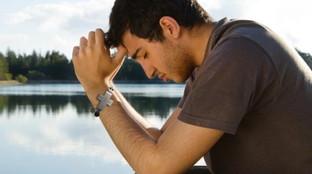 Il rosario virtuale, per pregare basta una app