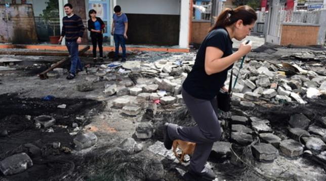 Ecuador, dopo due settimane di proteste i manifestanti ripuliscono le strade