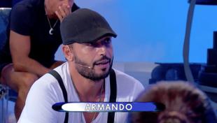 """""""Uomini e Donne"""", dopo Riccardo anche Armando mostra il suo fascino in passerella"""
