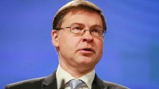 """Manovra, Dombrovskis: """"Ue chiederà chiarimenti all'Italia"""""""