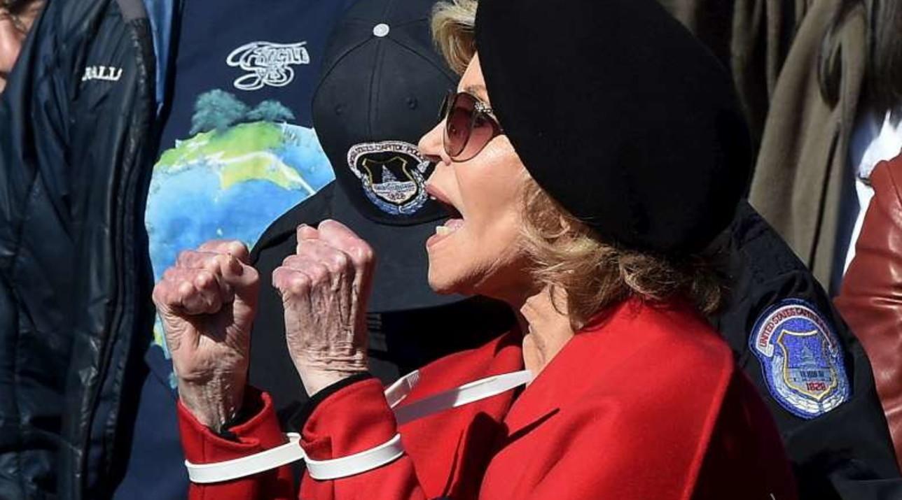 Jane Fonda arrestata per il secondo venerdì di seguito