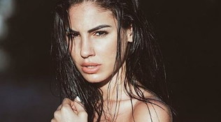 De Lellis mai così sexy: in topless su Instagram