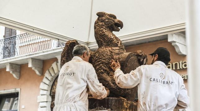 Perugia, Eurochocolate: il cioccolato diventa scultura