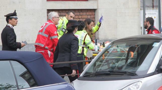 Milano, è morto il bimbo precipitato nella tromba delle scale a scuola: si indaga per omicidio colposo