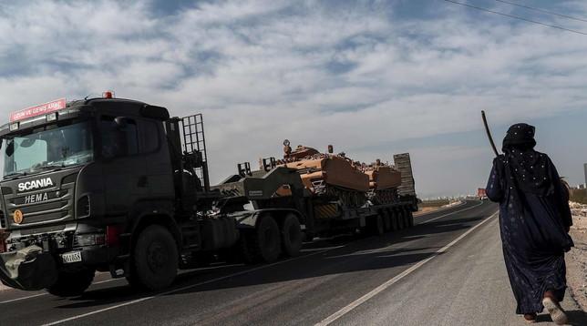 Siria, le milizie curdi annunciano il ritiro dalla zona di sicurezza |Nuova tregua di 150 ore per l'evacuazione