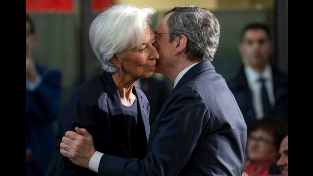 Bce, il passaggio di consegne tra Draghi e Lagarde
