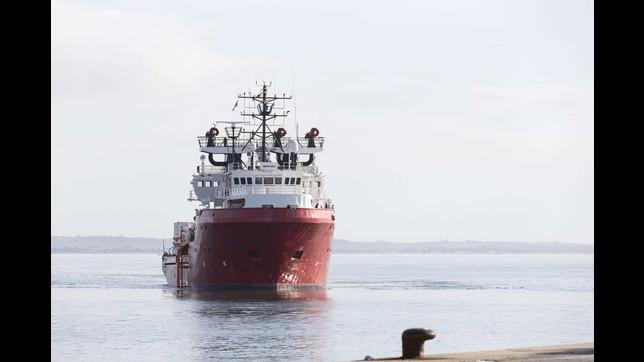 A Pozzallo lo sbarco dei migranti della Ocean Viking