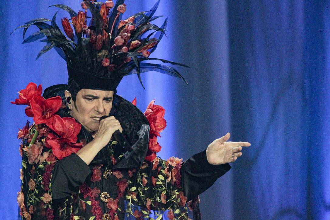 """Renato Zero, partito lo show """"Zero il folle in tour"""": guarda le foto della prima"""