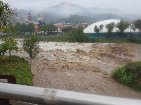 Maltempo Liguria: esonda il torrente Petronio, allagamenti aSestri Levante