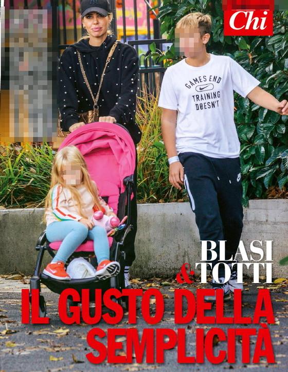 Ilary Blasi e Francesco Totti tra shopping e allenamenti in famiglia