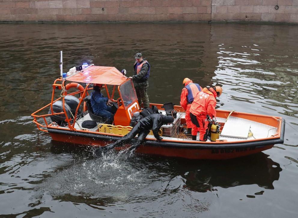 Russia, storico napoleonico uccide ex studentessa:voleva disfarsi del cadavere gettandolo nel fiume