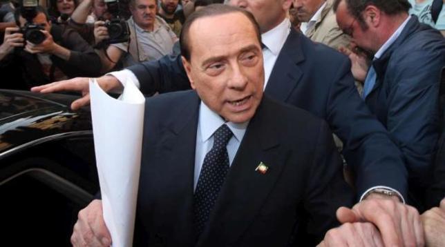 Processo a Palermo, Berlusconi non risponde ai giudici