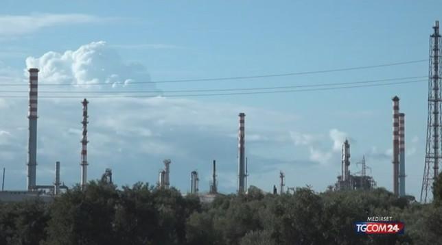 ArcelorMittal deposita il recesso del contratto, Di Maio: