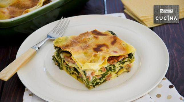 Lasagne con scarola e salsiccia, cremose e originali