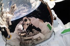 Il selfie iper spaziale di Luca Parmitano