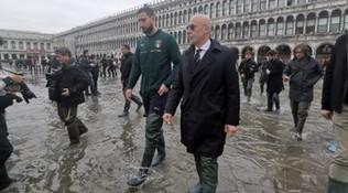 """Azzurri a San Marco: """"Venezia si rialzerà"""""""