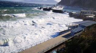 Maltempo, Capri isolata: cento passeggeri bloccati sull'isola