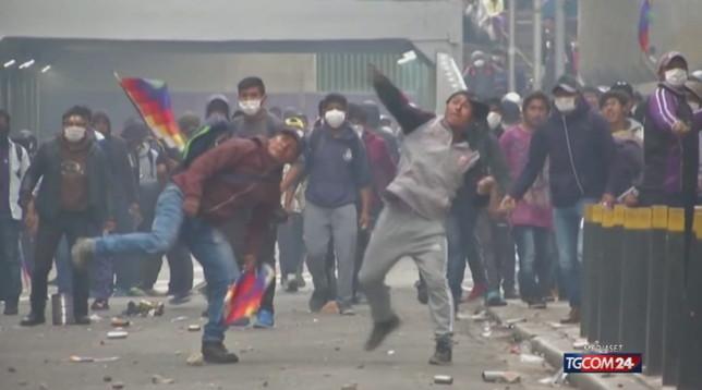 Bolivia, commissione diritti umani: 23 morti dall'inizio delle proteste