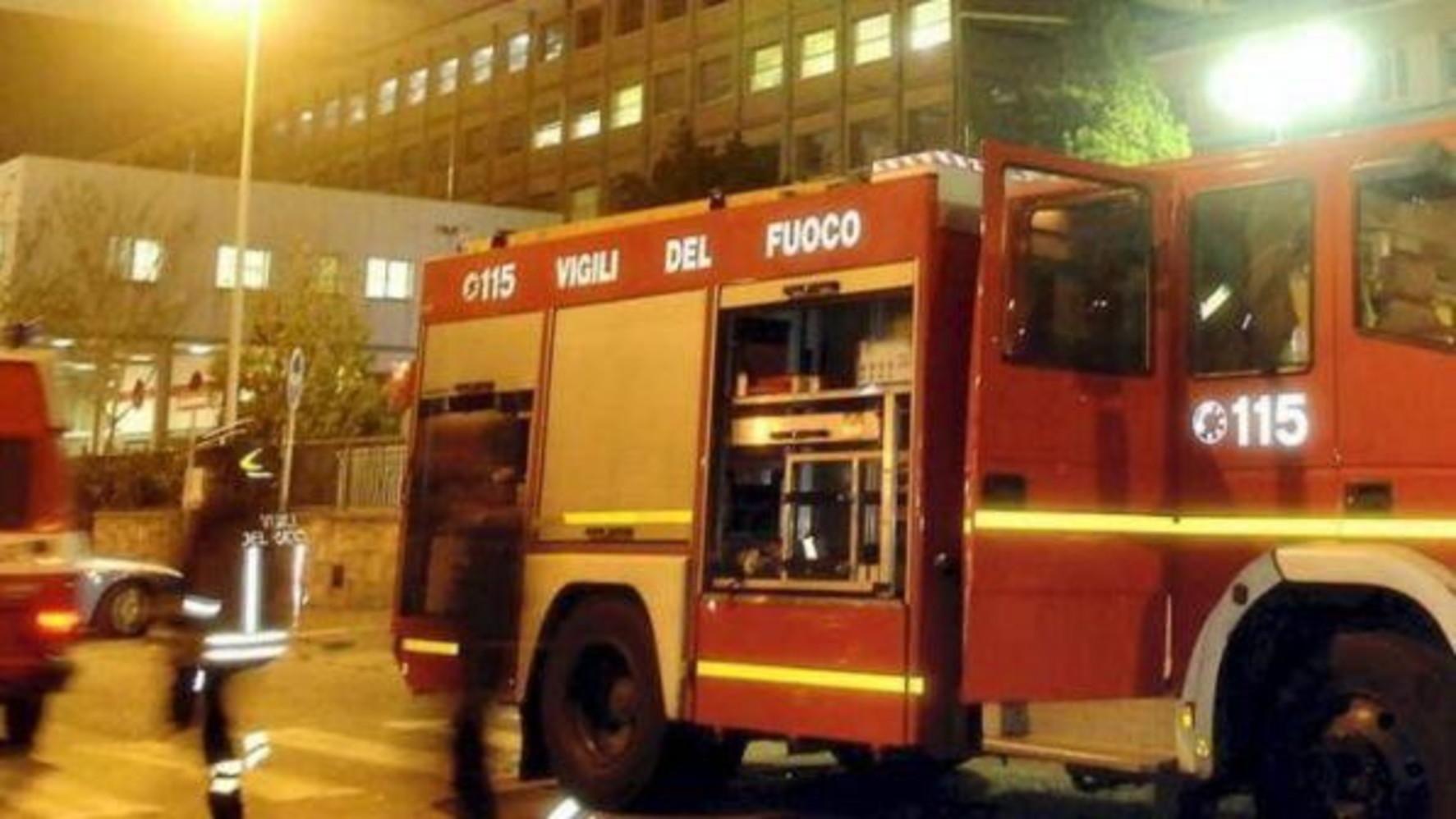Lucca, esplode caldaia in un appartamento nel centro storico - TGCOM