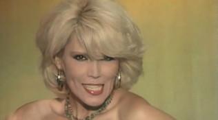 Amanda Lear compie 80 anni: quando cantava