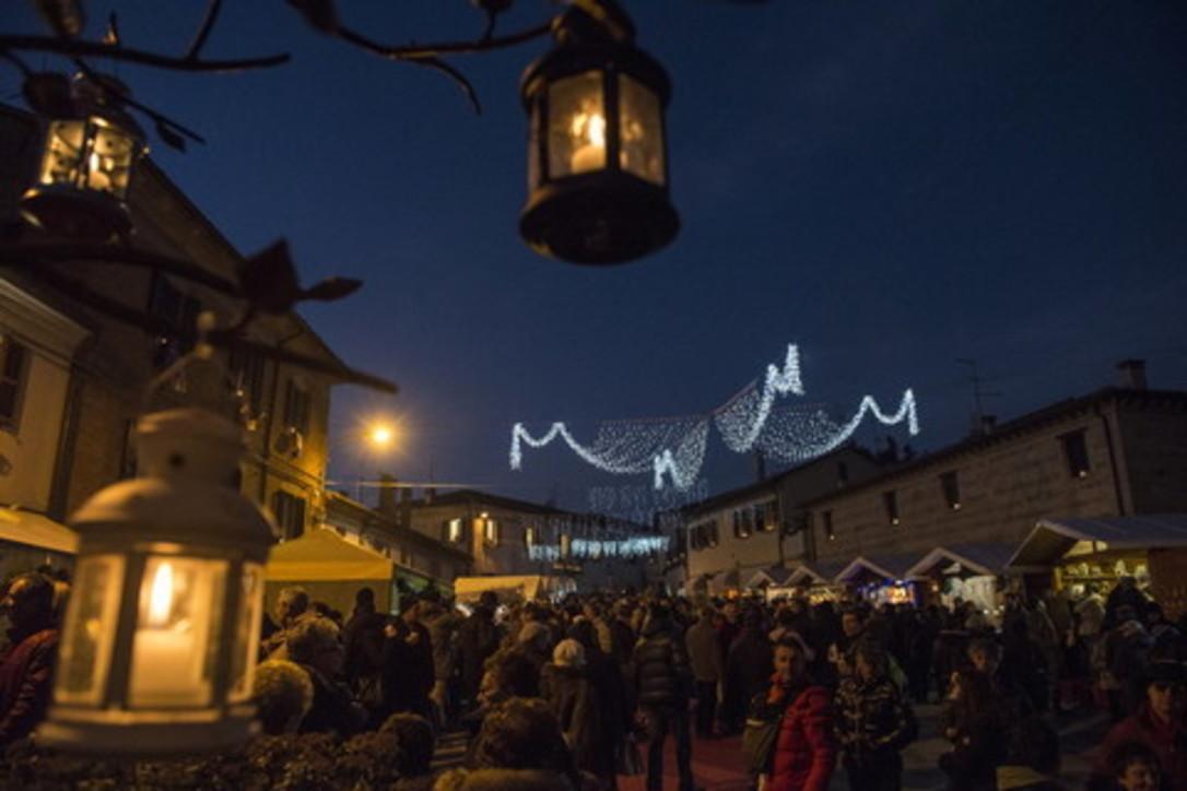 Natale a Candelara: la magia delle candele