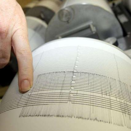 Albania, terremoto di magnitudo 6,5 vicino Durazzo: almeno 25 morti | Gli aiuti sono partiti dall'Italia