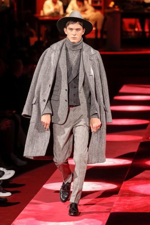 Moda uomo, come scegliere il cappotto: dal classico ai nuovi trend