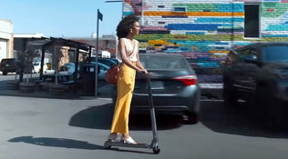 Hyundai e-scooter, il tender per auto del XXI secolo