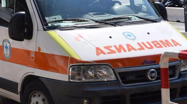 Milano, coperta elettrica a fuoco: morta una 88enne