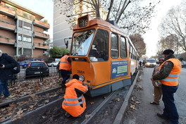 Torino, tamponamento fra due tram in corso Tassoni