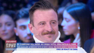"""""""Live - Non è la d'Urso"""", Fabio Macellarida calciatore a panettiere: """"Ho cambiato vita"""""""