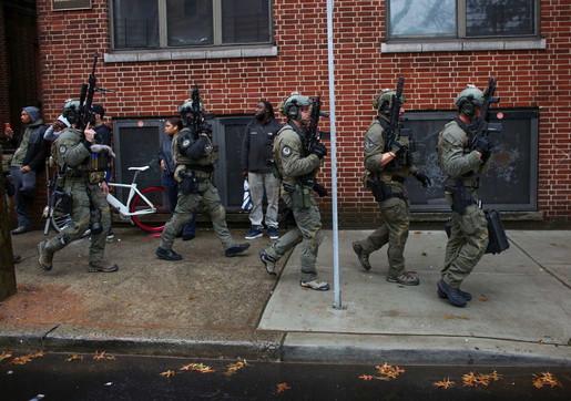 Sparatoria a Jersey City, la polizia in azione