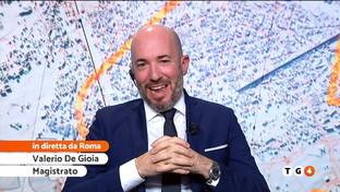 """Polemiche su Checco Zalone e la sua """"Immigrato"""", il magistrato De Gioia: """"Non è offensiva"""""""