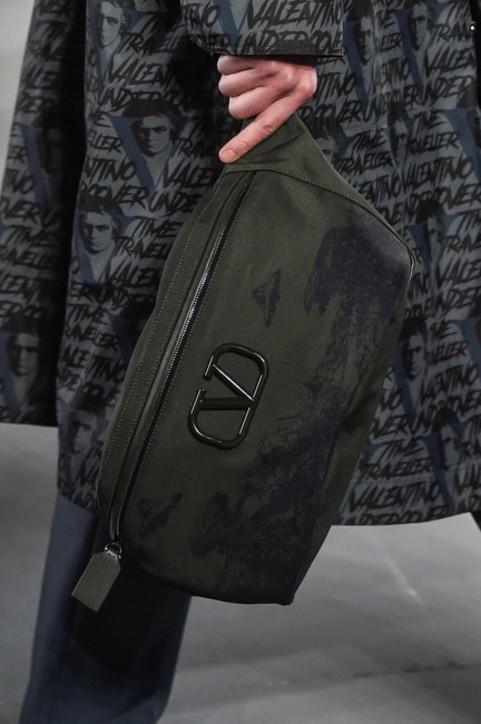 Moda uomo: borse, zaini o marsupi? Come organizzarsi al meglio