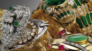 Gioielli e simboli di seduzione: il momento d'oro dei serpenti