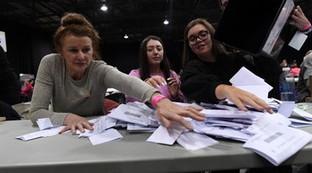 Elezioni in Gb, lo scrutinio delle schede