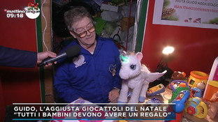 Roma, a Natale 20mila regali per i bimbi poveri grazie a Guido l'aggiusta-giocattoli