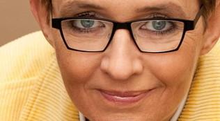 Susanna Tamaro annuncia il ritiro dalla vita pubblica: