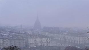 Neve in Piemonte, primi fiocchi su Torino