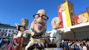 Belgio, dopo le accuse di antisemitismo sui carri allegorici l'Unesco toglie al Carnevale di Aalstil titolo di Patrimonio dell'umanità