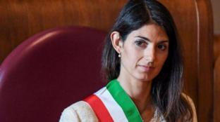 """Sardine, Raggi: """"Roma non si Lega, bella festa di popolo"""""""
